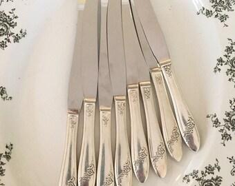Queen Bess Dinner Knives, Vintage Tudor Plate Oneida Silver Plate Dinner Knives, Set of 8, Mid Century Knives, Vintage Silverware
