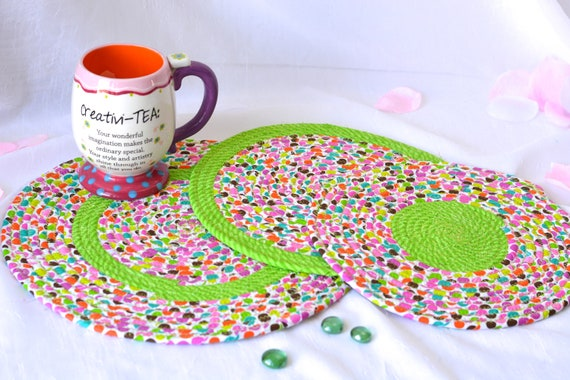 Happy Spring Gift, 3 Fun Place Mats, 3 Handmade Fabric Hot Pads, Mug Rugs, Cute Green Decor, Table Trivets, Potholders