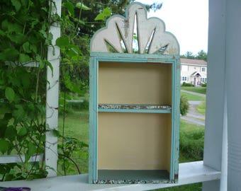 beachcombers display shelf