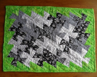 Quilt, Doll Quilt Blanket - BLACK, WHITE and GREEN, Twister Pinwheel Mini Quilt (792)