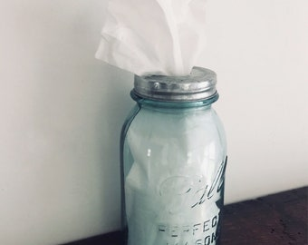 Vintage Mason Jar Tissue Dispenser, Mason Jar Tissue Holder, Tissue Box, Kleenex Holder, Mason Jar Bathroom Decor, Mason Jar Bathroom Set