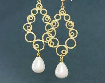 Gold Plated Pearl Earrings Swarovski White Pearl Earrings Pearl Drop Earring Gold Dangle Earring Bohemian Earring Lacy Earrings Long Earring