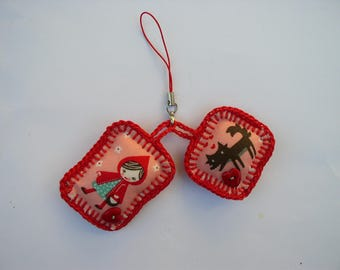 set of 2 little Red Riding Hood keychain