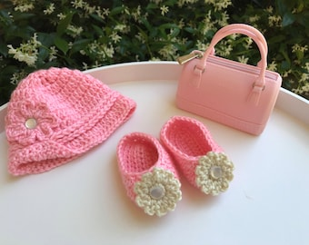 Baby hat and booties, crochet baby hat, baby sleepers, Xmas gifts, pink beanie, pink sleepers, baby shower, baby shoes, baby gift