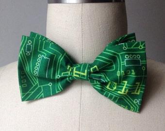 Green Circuit board Pretied Bow tie, binary code, Mens bowtie