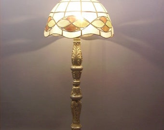 Tiffany Style Room Lamp /Mother-of-Pearl Lampshade