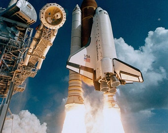 Maiden Launch of Space Shuttle Atlantis in 1985 - 5X7, 8X10 or 11X14 NASA Photo (EP-269)