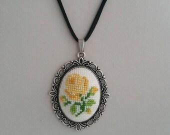 Cross stitch Necklace, Rose Cross stitch Necklace, Rose Necklace, Cross stitch pendant, Embroidery Necklace, Embroidered Necklace, Jewelry,