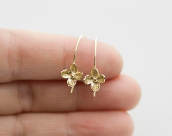 Forget Me Not Earrings, dainty gold earring, forget me not gold flower earring, floral earrings, gift under 50, gift for her