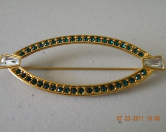On Sale MONET oblong emerald and clear rhinestones brooch pin. Gold plate. 1980-s.