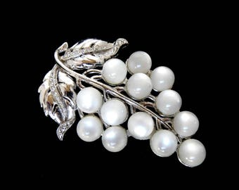 Vintage White Moonglow & Crystal Clear Rhinestone Dress Clip With Silver Tone Plating