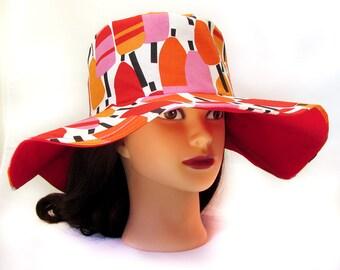 Ladies Sun Hat - Floppy Brim with Lobster Buoys - Wide Brim Sun Hat