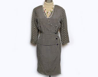 Silk Wrap Buttton Front Dress Jersey Sleeves Fitted Waist Alan Austin Made in France Sz 4 teamvintageusa ecochic team