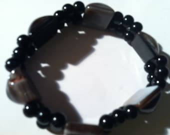 Handcrafted Onyx Marble Pyramid Beads Bracelet, Glass Black beads