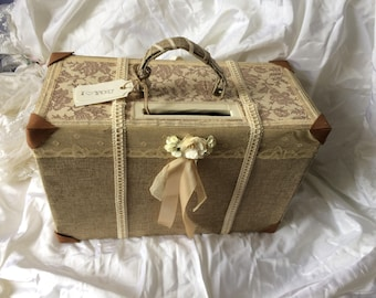 """Wedding urn in the shape of a suitcase Champetre """"love story"""" very vintage"""