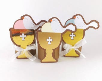 First Holy Communion Favors - Baptize Baby - Catholic 1st Communion - Christening Favors - Confirmation Favors - Gold Chalice and Wafer