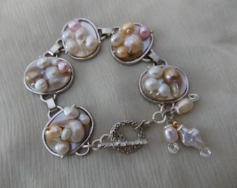Blister Pearl Bracelet