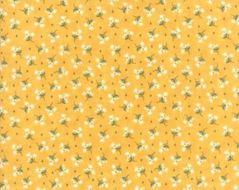 Moda PEPPER FLAX-Floral Tulip Gold (29043 16)-by the YARD
