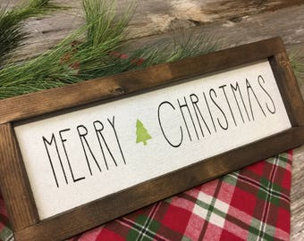 Merry Christmas Sign - Farmhouse Christmas - Rustic Holiday Decor - Christmas Sign - Seasonal Wall Hanging - Hand Painted Sign