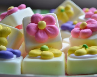 Summer Bloom Cheesecake Soap - Dessert Soap - Novelty -Spring -Easter -Flower - Gift for Mom - Mothers Day - Food Soap - Grandma - Cake Soap