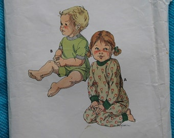 Toddler Two Piece Pajamas 1970s Vintage Sewing Pattern KWIK SEW 865, UNCUT