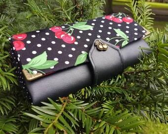 Wallet / purse of rockabilly cherry dots