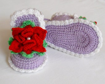 Baby booties girls Flower shoes violet color Crochet booties Newborn girl shoes Baby shoes Girl Photo Prop Baby slippers Gift for New Mom