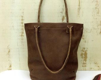 SALE!!! Zippered leather tote bag Leather bag Medium Distressed brown bucket bag