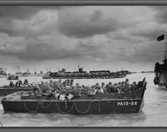 Poster, Many Sizes Available; U.S. Troops Disembarking On Utah Beach Normandy, D-Day, 6 June 1944