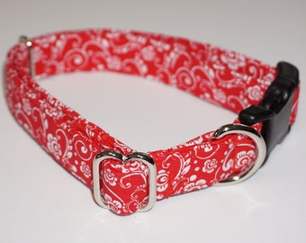 Red / White flowered Dog Collar