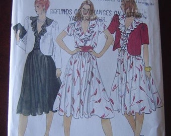 Vintage VOGUE 8234 Misses jacket and Dress Pattern size 10 Bust 32.5 UNCUT