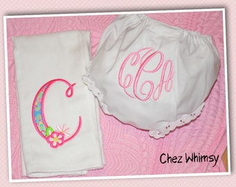 Burp Cloth and Baby Bloomer Set, Personalized Baby Bloomer with matching Burp Cloth, Baby Girl Gift, Baby Shower Gift