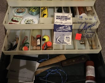 Vintage Sears Roebuck Company Tackle Box And Contents Nice Fishing Gear Vintage