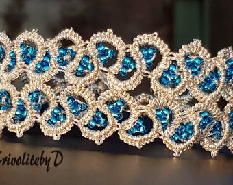 Tatted bracelet in silver and blue