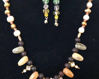 Jewelry set/ necklace and earrings