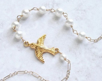 Gold bird necklace, bridal necklace, wedding jewelry, 24kt gold vermeil bird charm, bridal pearl necklace, bridal jewelry set