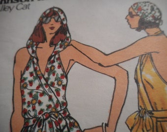 Vintage 1970's Butterick 4293 Betsey Johnson Hooded Halter Dress Sewing Pattern Size 14 Bust 36