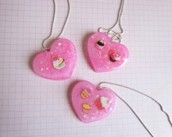 CAKE PARTY V2 Pink Resin Charm