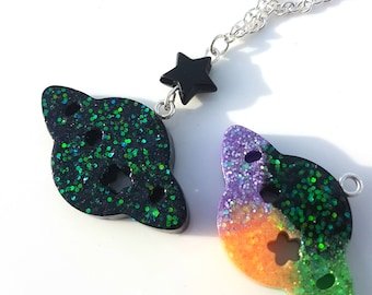 Alien Spaceship Holographic Resin Necklace - Halloween, Creepy