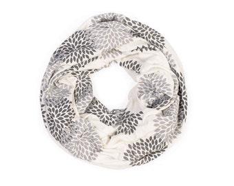 INFINITY SCARF - Gray Double Flowers on Cream