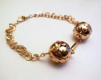 Vintage Bracelet Chain Links Golden Tone Metal Retro Costume Jewelry Women's Fashion Accessories Gifts