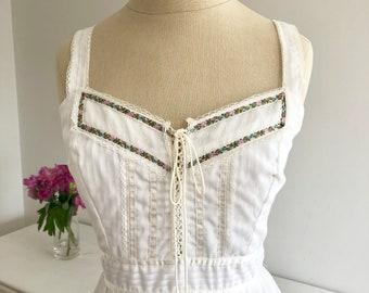 Vintage Bohemian White Lace Up Front Gunne Sax by Jessica (McClintock) Maxi Gypsy Prairie Wedding Dress