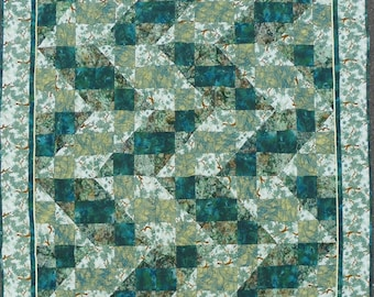 Green forest Wall-hanging or Lap Quilt