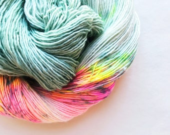MINT MERINGUE hand dyed yarn. speckle and semi-solid. choose your base: fingering, sock, dk,  bulky yarn. mint green and pink, yellow yarn