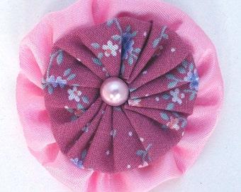 YoYo Pin Brooch Free Shipping  Pink Vintage Fabrics
