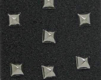 Garment 7 mm silver pyramid studs pins lot