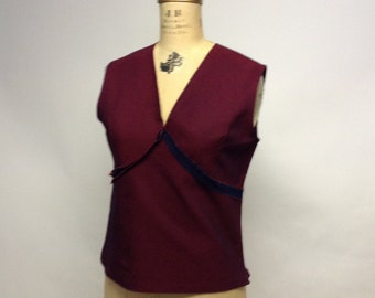 Tattered Deconstructed Seams Out Fitted Sleeveless Shell Top L