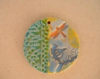 glazed ceramic pendant 4cm - Dragonfly and dandelion