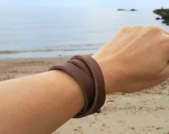 Mens Wrap Bracelet Gift for Dad Dark Brown Leather Surfer Surf Triple Wraps Slit Closure
