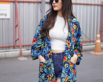 Women's Blue Floral Hawaiian Kimono Cardigan, 2 Pockets, Noragi Jacket, Oversized Summer Bikini Cover Up, Unisex Haori, Loose Style Yukata